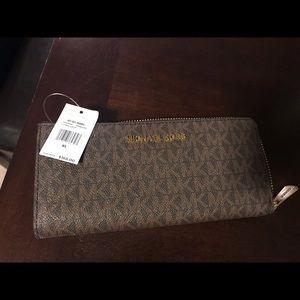 MK wallets